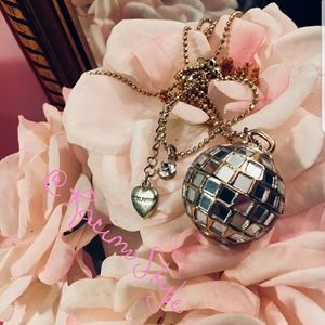 Betsey Johnson disco ball pendant w/17in chain